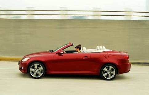 Toyota 'giải cứu' Lexus