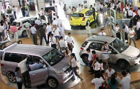 Thị trường ôtô lạc quan trong khó khăn