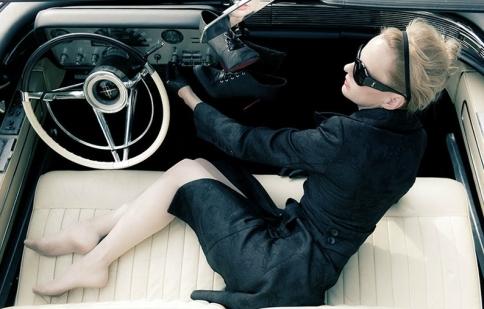 Sở thích xe của các sao nữ nổi tiếng thế giới