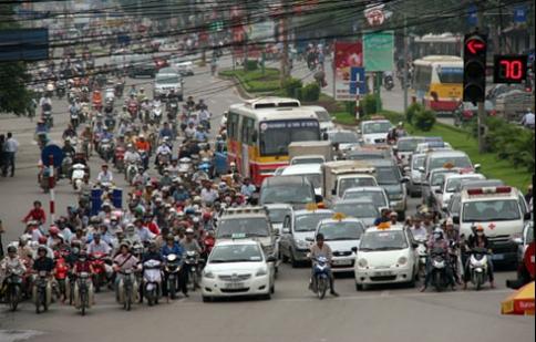 Phí sử dụng ôtô, xe máy sẽ thu về Quỹ bảo trì đường bộ