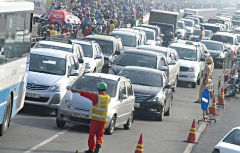 Đề xuất tăng phí lưu hành phương tiện cá nhân 5% mỗi năm