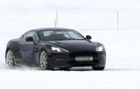 Aston Martin DB9 2013 trên đường thử