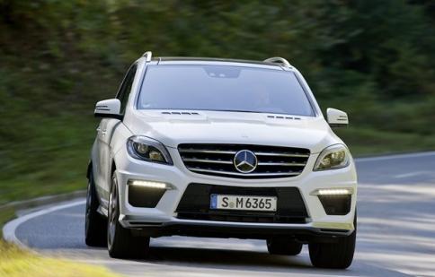 Mercedes ML63 AMG có giá 132.383 USD