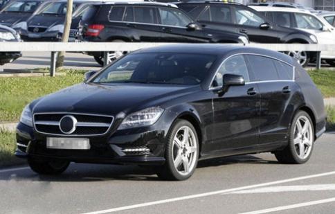 Mercedes CLS Shooting Brake lại lộ diện