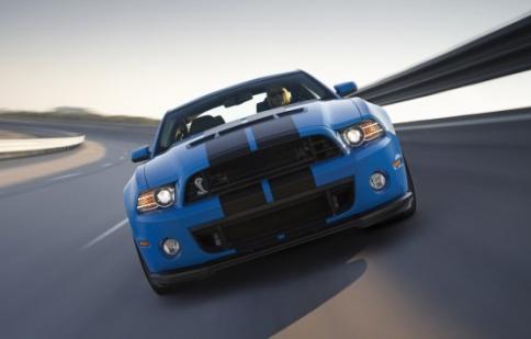 Ford Shelby Mustang GT500 2013 mạnh 662 mã lực