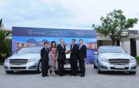 Mercedes-Benz bàn giao lô xe R300L và Sprinter 313