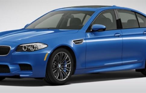 BMW M5 2013 có giá tại Mỹ là 90.795USD