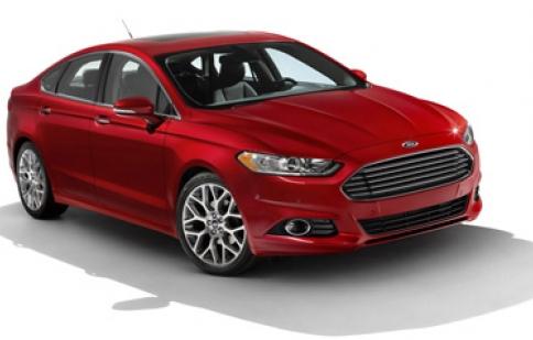 Ford Fusion 2013 có giá 22.495 USD