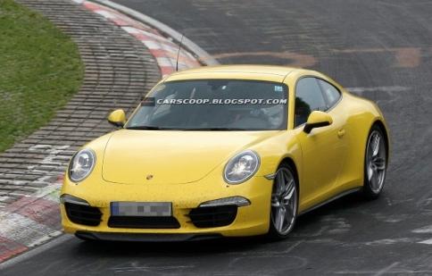 Porsche 911 Carrera 4 và Carrera 4S lộ diện trên đường thử