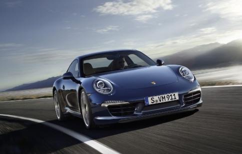 Porsche 911 Carrera S mãnh mẽ hơn với gói nâng cấp mới