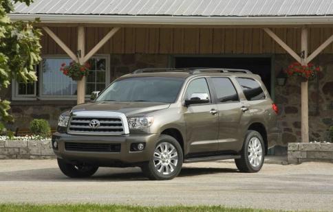 Toyota loại bỏ động cơ V8 4.6 lít trên Sequoia 2013