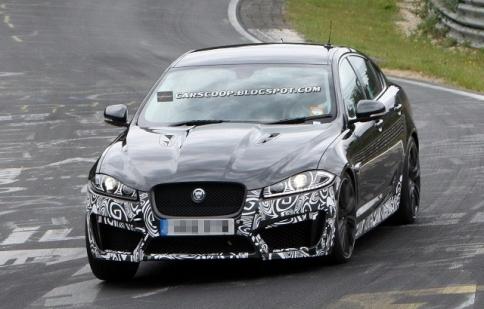 Những hình ảnh đầu tiên của Jaguar XFR-S