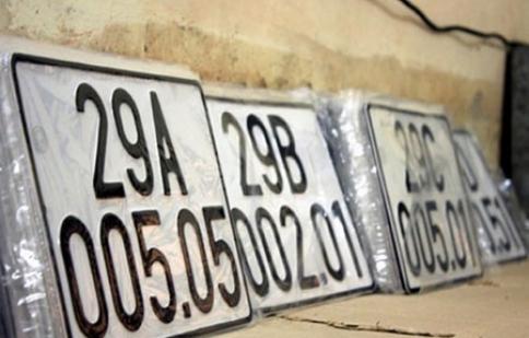 Lượng xe đăng ký mới ở Hà Nội giảm 50%