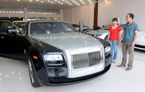 Mỗi năm một cú sốc:Thị trường ôtô lao đao