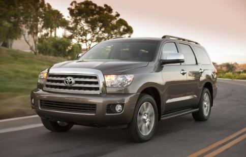 Toyota Sequoia 2013 mạnh mẽ và công nghệ hơn