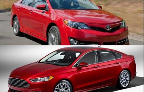 Ford Fusion và Toyota Camry -