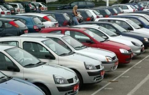 Hủy cơ chế kiểm soát nhập khẩu ôtô