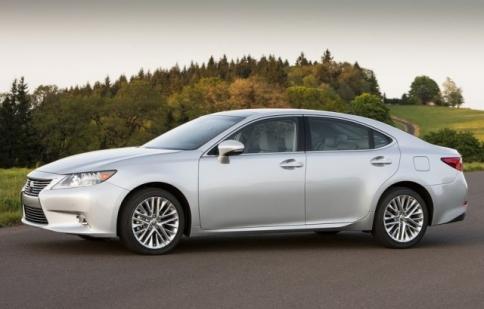 Lexus cắt giảm sản xuất tại Trung Quốc do biểu tình