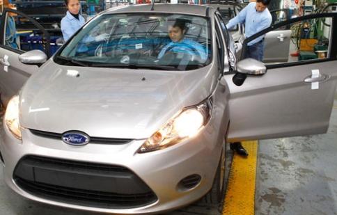 Thuế, phí bức tử ngành ô tô