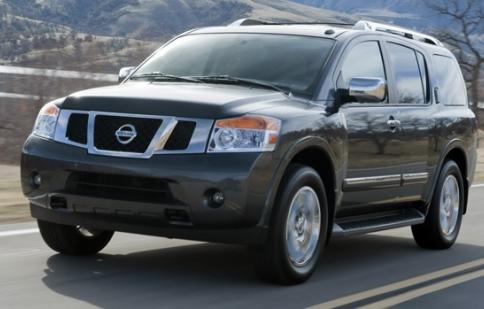 Nissan Armada SUV 2013 nâng cấp cùng với nâng giá