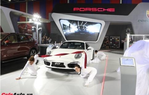 Porsche tăng trưởng 24% trong tháng 10