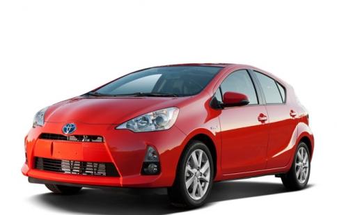 Toyota Prius C chỉ tiêu tốn 6 lít/ 100km