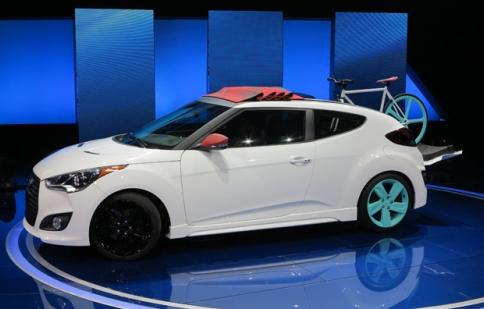 Hyundai ra mắt Veloster mui vải