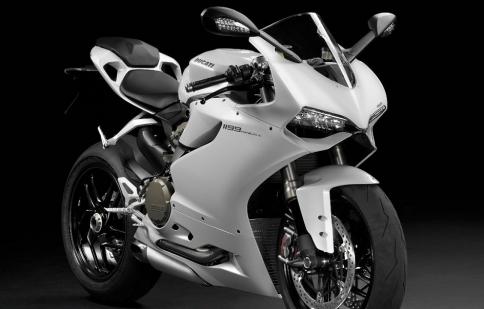 Ducati 1199 Panigale – chiếc sportbike bán chạy nhất năm 2012