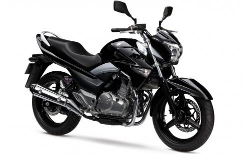 "Suzuki GW250 2013 ""nhẹ nhàng và gợi cảm"""