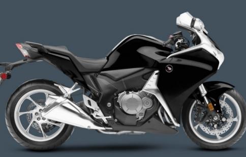 Honda VFR1200F 2013 – đẹp hơn, tốt hơn, nhanh hơn