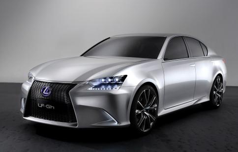 Lexus bán hơn nữa triệu chiếc hybrid