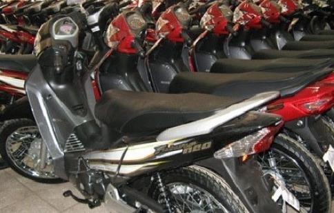 Giảm giá vẫn ế: Tết buồn của dân xe máy