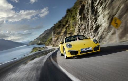 """Porsche """"được mùa"""" giải thưởng"""