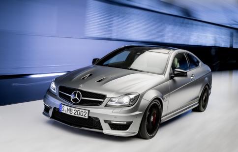 Mercedes-Benz C63 AMG đã có phiên bản mới