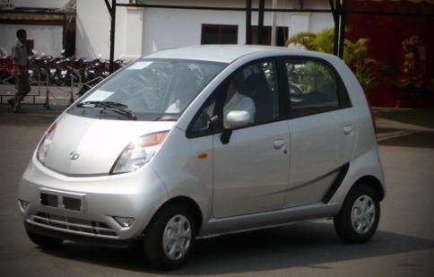 Xe nhỏ Tata Nano sẽ gây sốc với giá 150 triệu đồng?