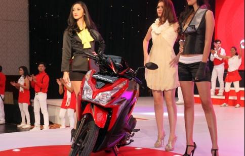 Honda ra mắt Vario 125 CBS