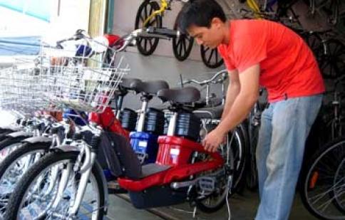 Bùng nổ nhu cầu xe đạp điện