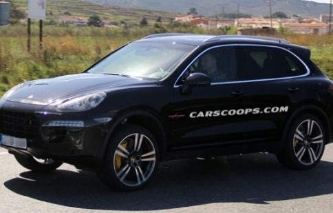 Hinh ảnh đầu tiên của Porsche Cayenne 2015