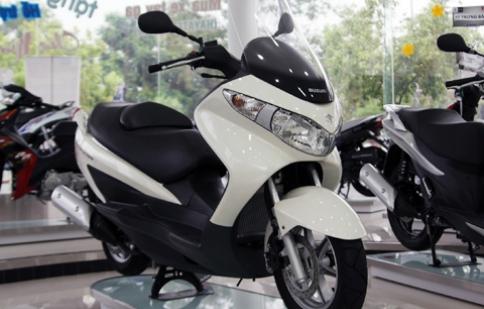 Xe tay ga Suzuki Burgman 125 có mặt tại Việt Nam