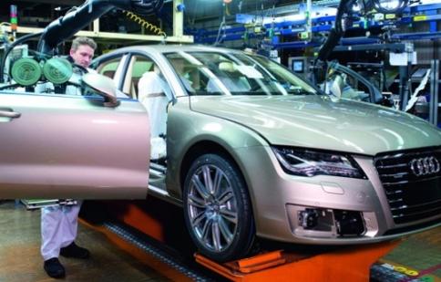 """Audi loay hoay phát triển dòng xe """"xanh"""""""