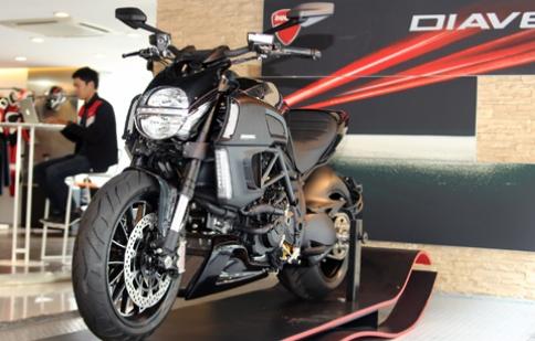 Ducati Diavel Cromo giá 700 triệu đồng ở Sài Gòn
