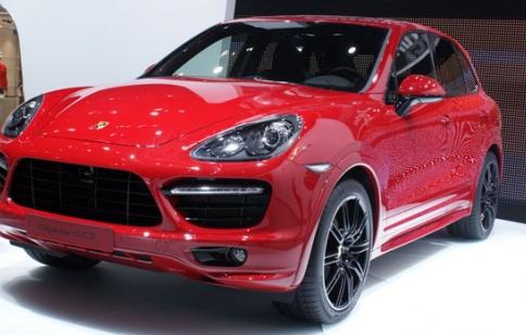 Porsche bán hơn 15.000 xe thế thao trong tháng 5