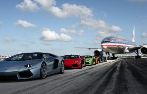 Lamborghini Aventador đạt mốc 2.000 chiếc