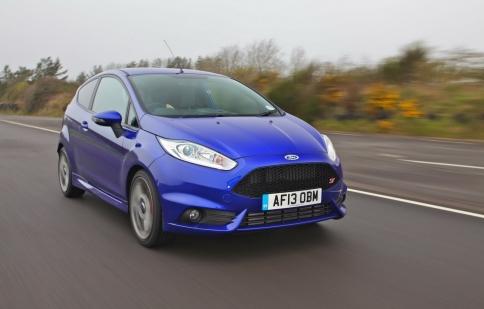 Ford tăng gấp đôi sản lượng Fiesta ST