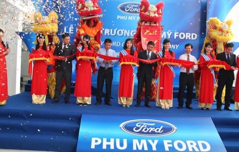 Ford Việt Nam khai trương đại lý Phú Mỹ Ford