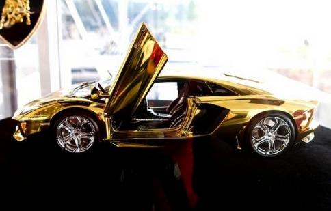 Lamborghini Aventador mô hình có giá 7.3 triệu đô