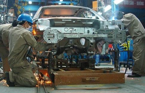 Tháng 8: toàn ngành ô tô giảm 16%
