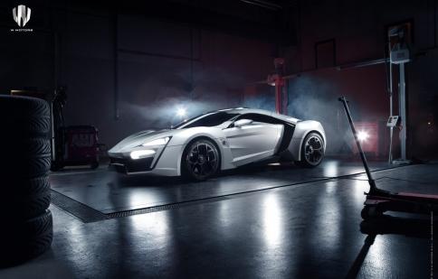 Ấn tượng với siêu xe đầu tiên của Ả Rập