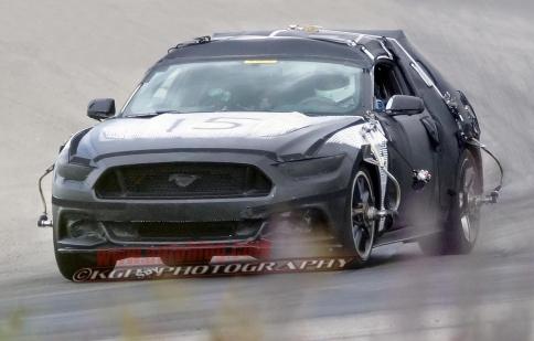 Ford xác nhận thời điểm ra mắt Mustang 2015