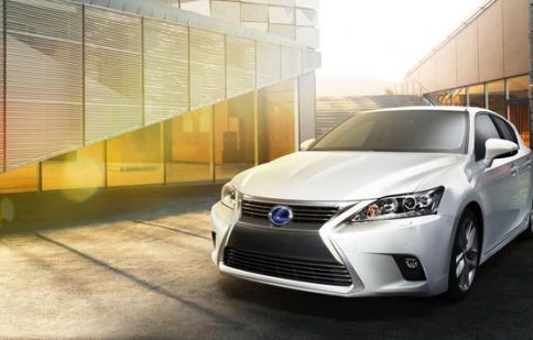 Lexus nâng cấp CT 200h 2014